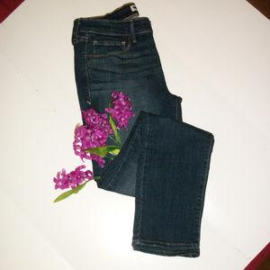 Levi's 8 M Mid-Rise Skinny Stretch Jeans